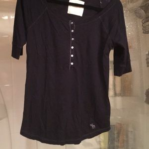 NWOT Abercrombie and Fitch blue shirt size M moose